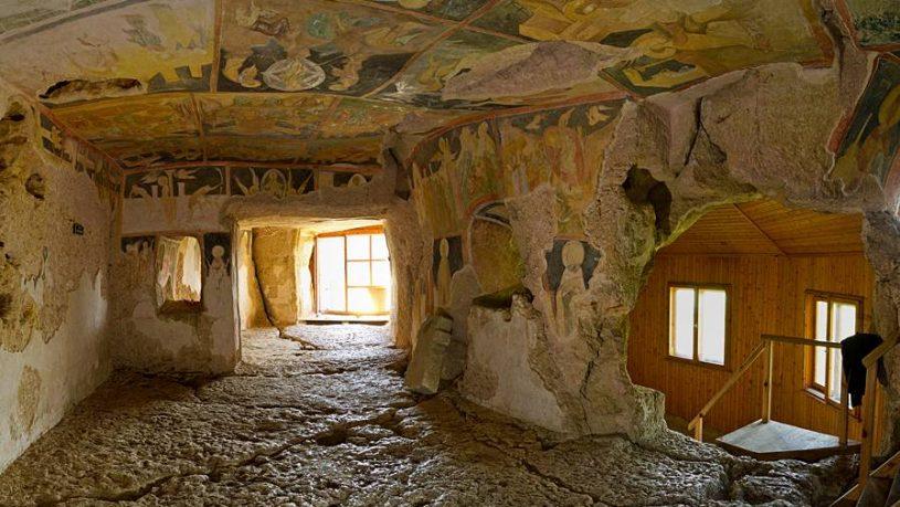 Монтана – Русе - Ивановски манастири –Свещари– Монтана
