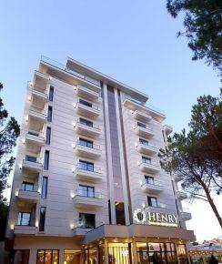 Henry Resort & Spa, Golem Дуръс, Албания