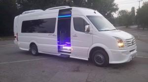 Автобус под наем - volkswagen crafter